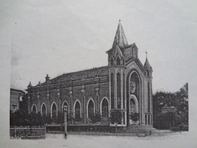 Собор архитектора Иосифа Францевича Тибо-Бриньоля был построен по готовому проекту