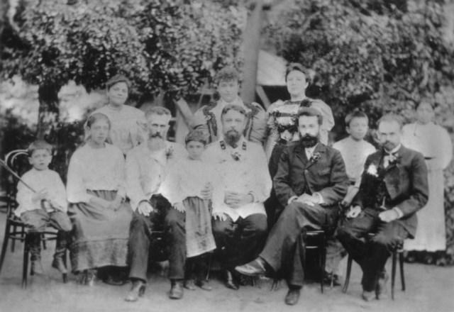 Фотография семьи горного инженера Иосифа Тибо-Бриньоля, 1899 год, г.Нижне-Исетск Пермской губернии